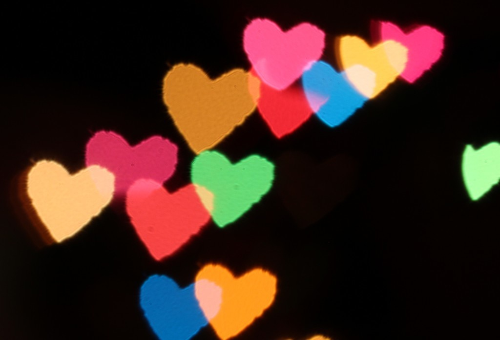Bokeh Hearts Appeared with Macro Lens